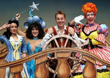 Kathryn Rooney, Lesley Joseph, Brian Conley and Andrew Ryan in Robinson Crusoe and the Caribbean Pirates at the Birmingham Hippodrome
